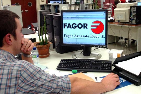Fagor Arrasate participa en el desarrollo del programa Aldahitz para garantizar la comprensión del euskera