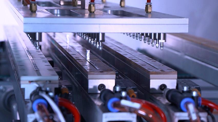 REC Groupen konfiantza izaten segitzen du Mondragon Assemblyk, sektore fotovoltaikoan