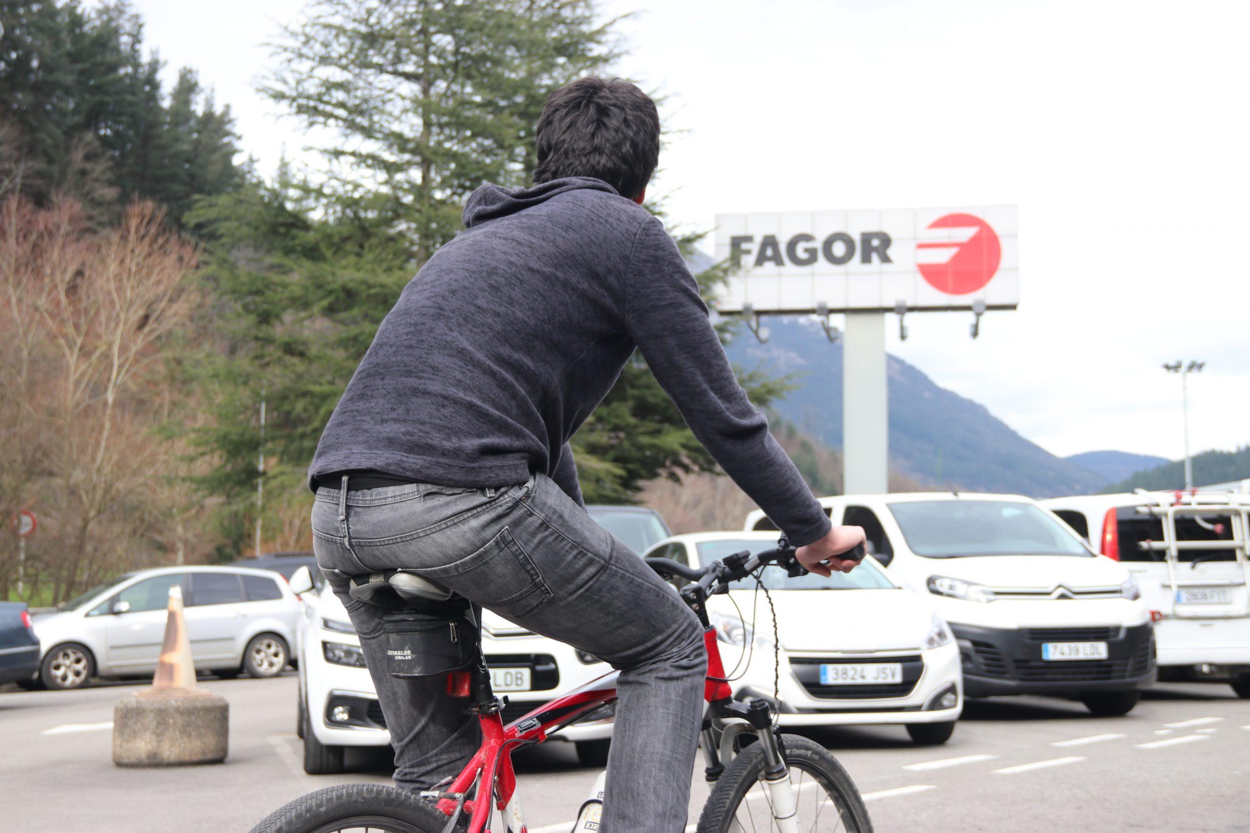Fagor Taldeak bat egin du Mugikortasun Astearekin eta lehiaketa bat du abian 'Fagormugi' aplikazioan